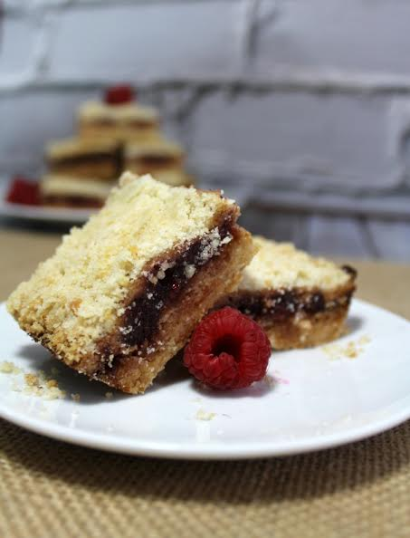 Luscious Raspberry Bars