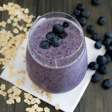 blueberry almond oatmeal smoothie